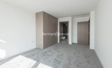 2 bedroom(s) flat to rent in Gauging Square, Wapping, E1W-image 3