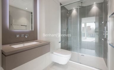 2 bedroom(s) flat to rent in Gauging Square, Wapping, E1W-image 4