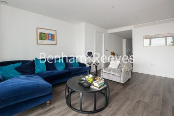 3 bedroom(s) flat to rent in Alie Street, Aldgate East, E1-image 5