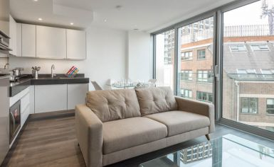 Studio flat to rent in Stable Walk, Aldgate, E1-image 1