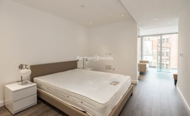 Studio flat to rent in Stable Walk, Aldgate, E1-image 2