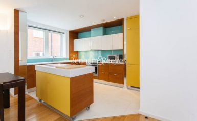1 bedroom(s) flat to rent in Hillcrest Road, South Woodford, E18-image 2