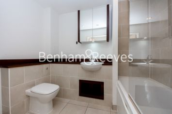 1 bedroom(s) flat to rent in Albatross Way, Canada Water, SE16-image 4