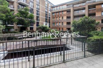 1 bedroom(s) flat to rent in Albatross Way, Canada Water, SE16-image 5