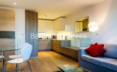 2 bedroom(s) flat to rent in Seafarer Way, Surrey Quays, SE16-image 1