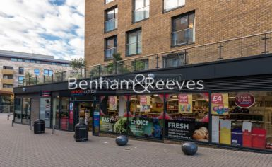 2 bedroom(s) flat to rent in Seafarer Way, Surrey Quays, SE16-image 12