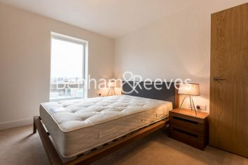 2 bedroom(s) flat to rent in Freda Street, Bermondsey, SE16-image 3