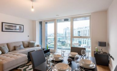 2 bedroom(s) flat to rent in Babbage Point, Surrey Quays, SE10-image 1