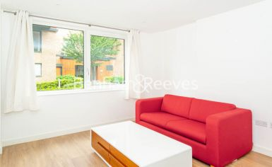 1 bedroom(s) flat to rent in Whiting Way, Surrey Quays, SE16-image 6