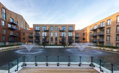 1 bedroom(s) flat to rent in Whiting Way, Surrey Quays, SE16-image 11