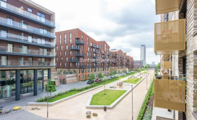 2 bedroom(s) flat to rent in Norlem Court, Surrey Quays, SE8-image 11