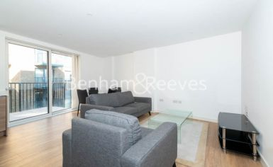 2 bedroom(s) flat to rent in Ashton Reach, Surrey Quays, SE16-image 7