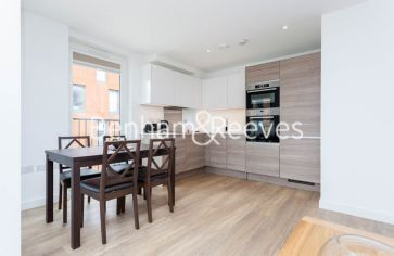 2 bedroom(s) flat to rent in Marine Wharf, Surrey Quays, SE16-image 7