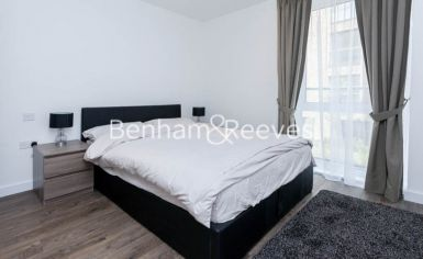 2 bedroom(s) flat to rent in Ashton Reach, Surrey Quays, SE16-image 6