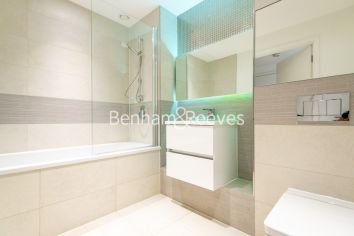 1 bedroom(s) flat to rent in Endeavour House, Ashton Reach, SE16-image 5