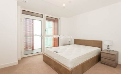 2 bedroom(s) flat to rent in Enderby Wharf, Surrey Quays, SE10-image 5