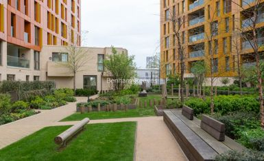2 bedroom(s) flat to rent in Enderby Wharf, Surrey Quays, SE10-image 14