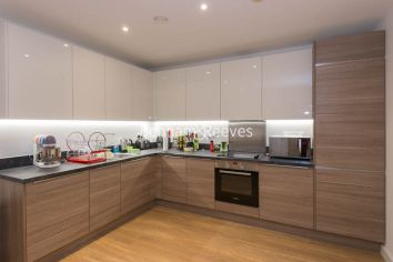 1 bedroom(s) flat to rent in Ashton Reach, Surrey Quays, SE16-image 2