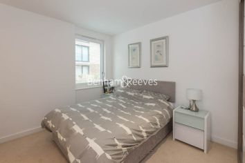 1 bedroom(s) flat to rent in Ashton Reach, Surrey Quays, SE16-image 3