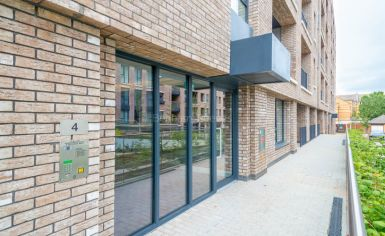 2 bedroom(s) flat to rent in Gullivers Walk, Marine Wharf East, Surrey Quays, SE8-image 8