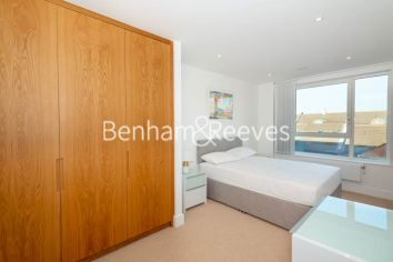 2 bedroom(s) flat to rent in Marine Wharf East, Surrey Quays, SE8-image 3