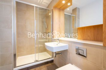 2 bedroom(s) flat to rent in Marine Wharf East, Surrey Quays, SE8-image 10
