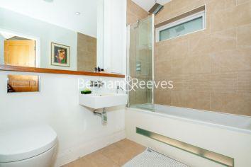 3 bedroom(s) flat to rent in New Kent Road, Surrey Quays, SE1-image 4