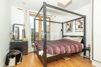 3 bedroom(s) flat to rent in New Kent Road, Surrey Quays, SE1-image 5