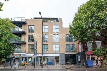 3 bedroom(s) flat to rent in New Kent Road, Surrey Quays, SE1-image 6