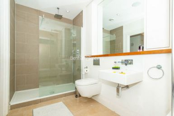 3 bedroom(s) flat to rent in New Kent Road, Surrey Quays, SE1-image 9
