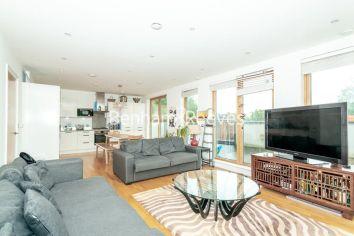 3 bedroom(s) flat to rent in New Kent Road, Surrey Quays, SE1-image 14