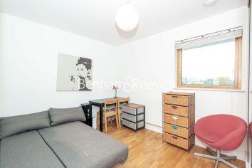 3 bedroom(s) flat to rent in New Kent Road, Surrey Quays, SE1-image 16