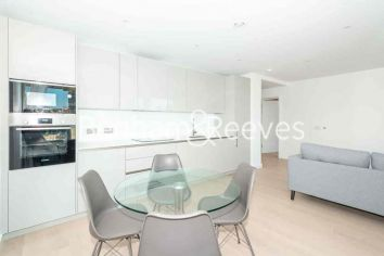 2 bedroom(s) flat to rent in Weymouth Building, Elephant and Castle, SE17-image 2