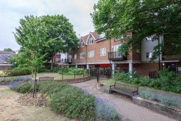 1 bedroom(s) flat to rent in Mercury House, Ewell, KT17-image 5