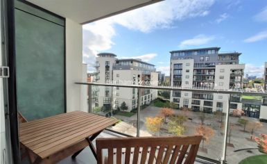1 bedroom(s) flat to rent in Pump House Crescent, Brentford, TW8-image 9