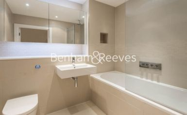 2 bedroom(s) flat to rent in Pump House Crescent, Brentford, TW8-image 14