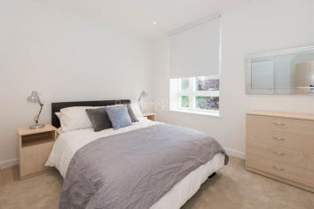 2 bedroom(s) flat to rent in Heritage Place, Kew Bridge, TW8-image 7