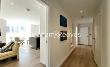 2 bedroom(s) flat to rent in Heritage Place, Brentford, TW8-image 4