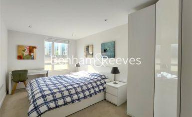 2 bedroom(s) flat to rent in Heritage Place, Brentford, TW8-image 7