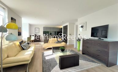2 bedroom(s) flat to rent in Heritage Place, Brentford, TW8-image 20