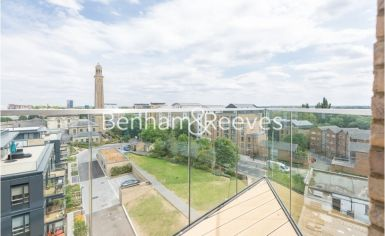 2 bedroom(s) flat to rent in Kew Bridge, Heritage Place, TW8-image 9