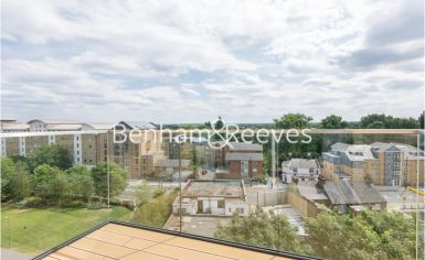 2 bedroom(s) flat to rent in Kew Bridge, Heritage Place, TW8-image 10