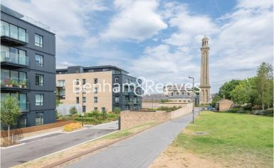 2 bedroom(s) flat to rent in Kew Bridge, Heritage Place, TW8-image 11