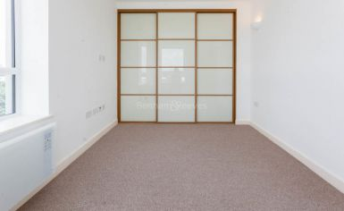 1 bedroom(s) flat to rent in Windmill Road, Sunbury-on-Thames, TW16-image 6