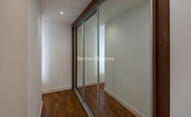 2 bedroom(s) flat to rent in Kew Eye, Brentford, TW8-image 6
