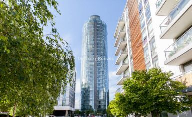 2 bedroom(s) flat to rent in Kew Eye, Brentford, TW8-image 16
