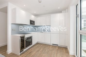 1 bedroom(s) flat to rent in Wandsworth Road, Nine Elms, SW8-image 2