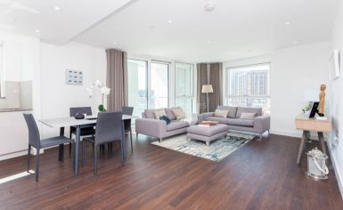 2 bedroom(s) flat to rent in Nine Elms Point, Nine Elms, SW8-image 1