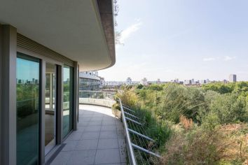 2 bedroom(s) flat to rent in Vista Chelsea Bridge, Nine Elms, SW11-image 15