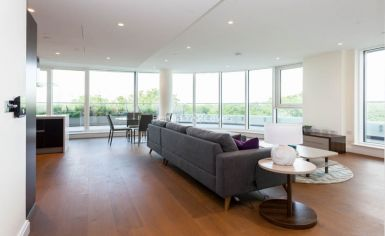 3 bedroom(s) flat to rent in Vista Chelsea Bridge, Nine Elms, SW11-image 3